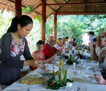 Voyage au vietnam for Au jardin restaurant paris