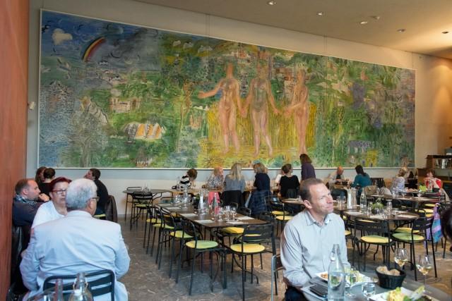 Musée Saint-Pierre. Le restaurant. La Seine de Paris à la mer, Raoul Dufy, 1937-1940. Jeu 21.05.2015, 12:46.