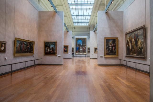 Musée Saint-Pierre. Une salle. Au fond, La Circoncision.Jeu 21.05.2015, 14:29.