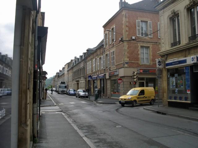 4/48. Charleville-Mézières. Promenade en ville. Mer 29.04.2009 - 09:37.