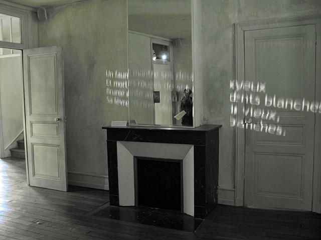45/48. Maison des Ailleurs. ... images, textes et paroles. À l'image de ce que fut... Mer 29.04.2009 - 11:36.