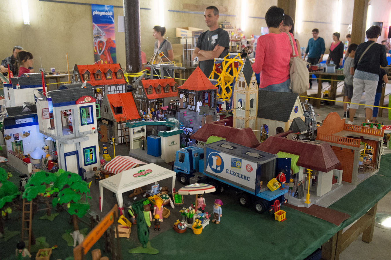Morlaix grosse affluence au salon du playmobil 2014 for Salon du the
